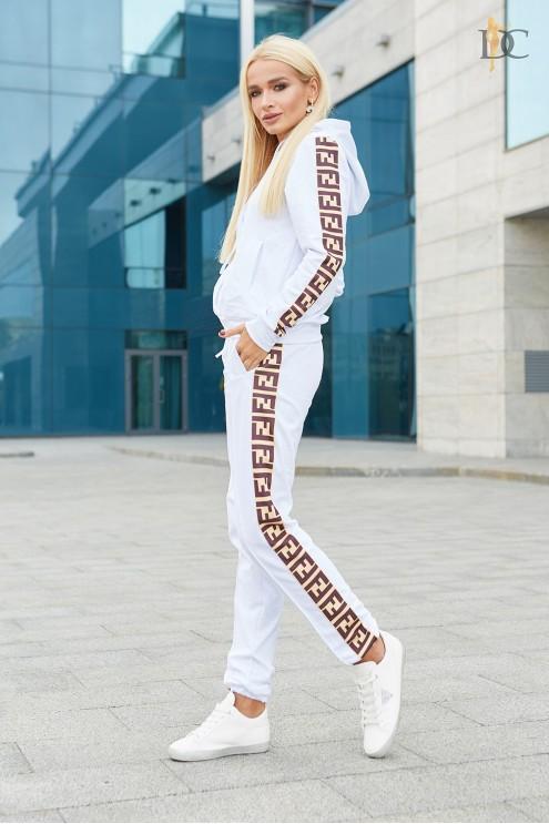 64c8b6b2 ... Спортивный костюм Fendi с лампасами. Предыдущий Следующий. Нажмите,  чтобы посмотреть СУПЕРФОТО